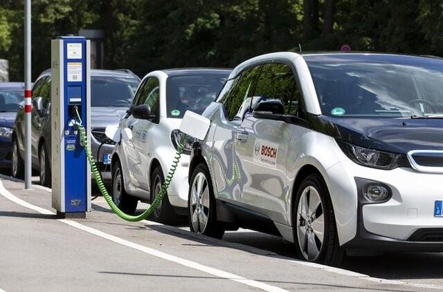 دلایل محبوبیت خودروهای برقی