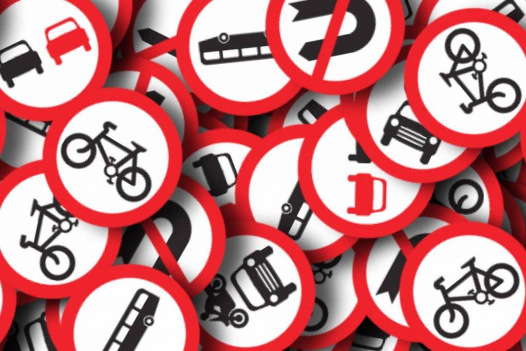 مقررات آیین نامه رانندگی
