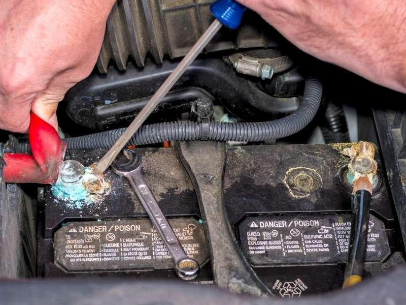 افزایش عمر باتری خودرو