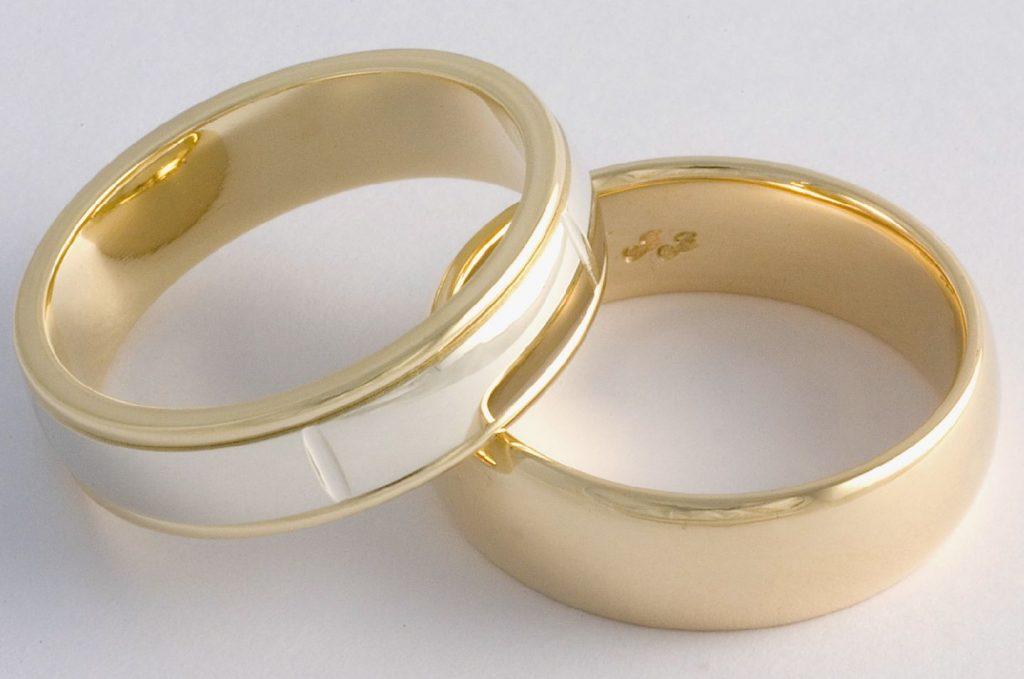 Choosing a wedding ring 1024x679 - انتخاب حلقه عروسی