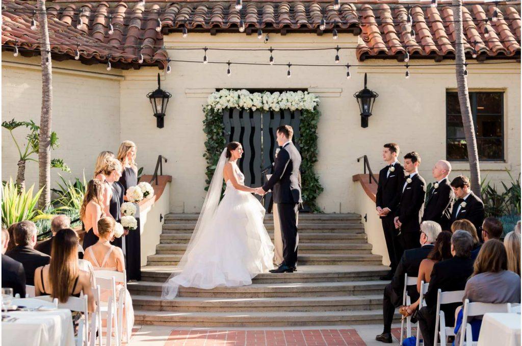 Tips before the wedding rentauto 1024x679 - انتخاب حرفهایی تالار عروسی