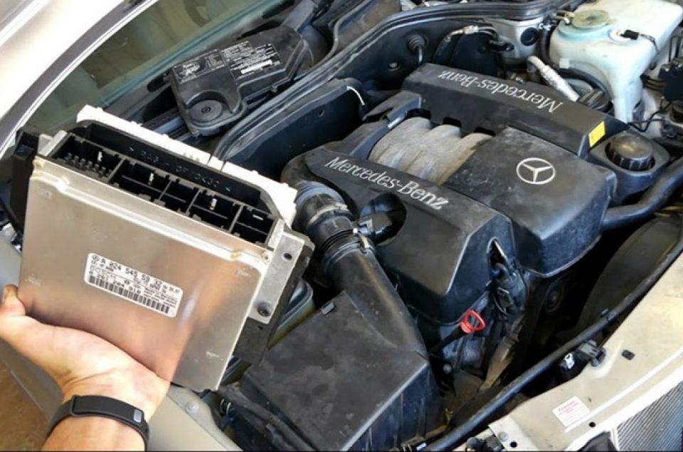کامپیوتر خودرو