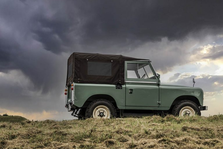 Land Rover Series IIA - Rentauto